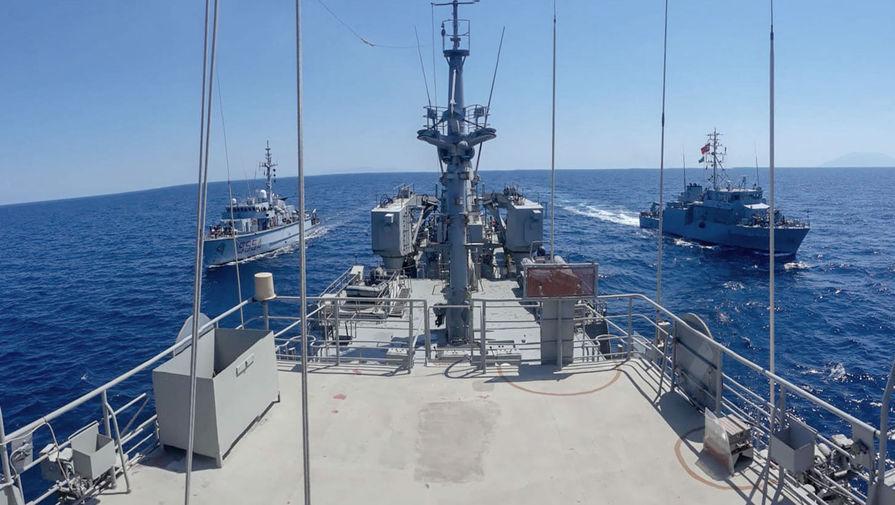 Россия следит: в Черное море вошли корабли НАТО