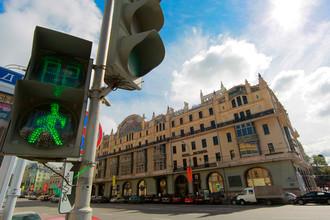 Покупателем гостиницы «Метрополь» в Москве стал бизнесмен Клячин