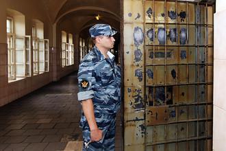 Возобновился процесс над пятью сотрудниками полиции, обвиняемыми в систематических пытках над задержанными