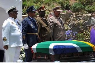 Похороны Нельсона Манделы прошли в его родной деревне