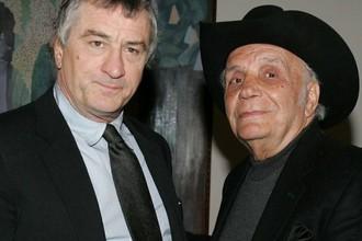 Джейк «Бешеный бык» Ламотта (справа) и воплотивший его образ на экране Роберт де Ниро