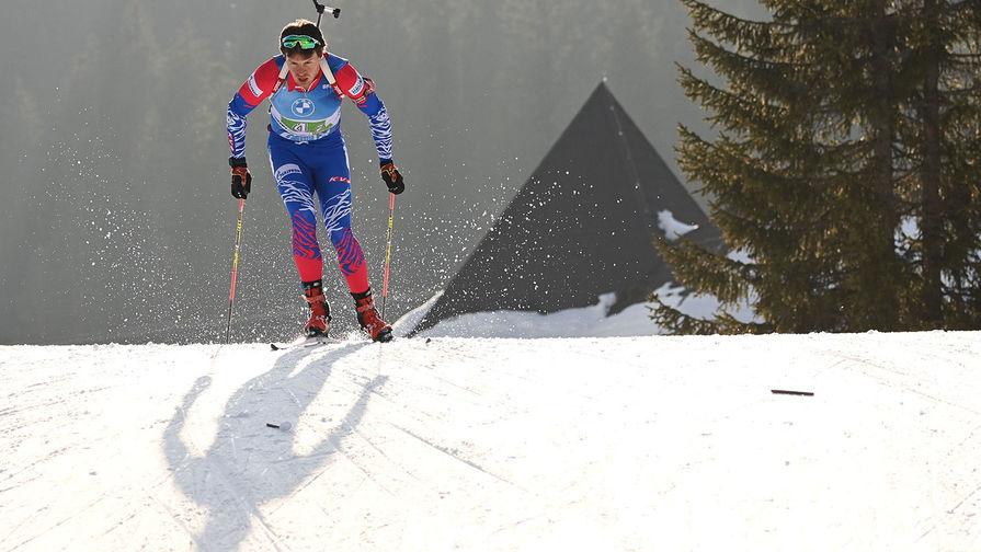 Матвей Елисеев (Россия) на дистанции эстафеты среди мужчин на чемпионате мира по биатлону в словенской Поклюке, 20 февраля 2021 года