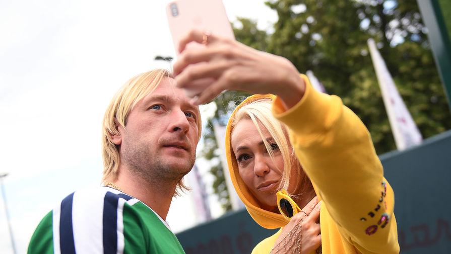 Фигурист Евгений Плющенко с супругой Яной Рудковской, 2019 год
