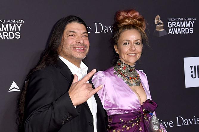 Бас-гитарист Metallica Роберт Трухильо с женой на пре-пати «Грэмми» в Лос-Анджелесе, 9 февраля 2019 года