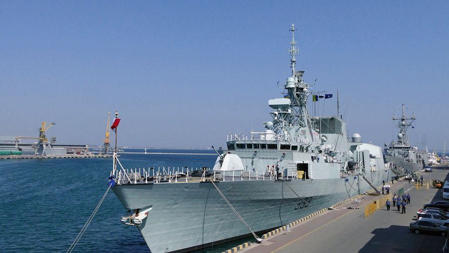 В Одессу один за другим заходят военные корабли НАТО