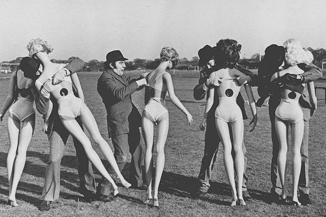 Кадр из фильма «Монти Пайтон: а теперь нечто совсем другое», 1971 год