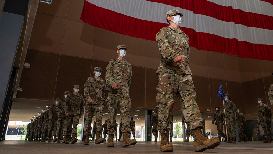 Не годны: в армию США не пустят переболевших COVID-19