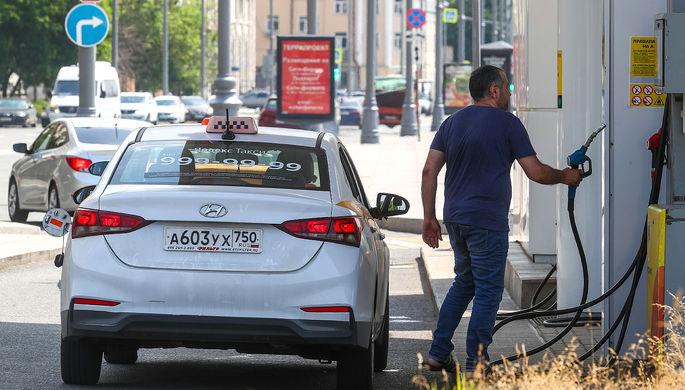 В России скорректировали демпфер на бензин, чтобы удержать цены