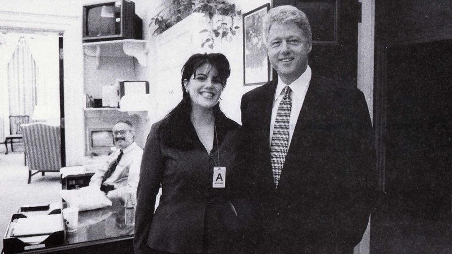 Делала минет клинтону