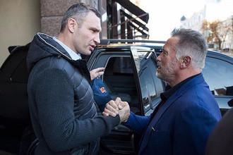 Мэр Киева Виталий Кличко и Арнольд Шварценеггер, 13 октября 2018 года