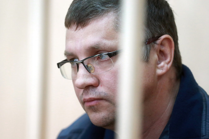 Подозреваемый в денежных махинациях управляющий директор по инвестиционной деятельности АО «Роснано» Андрей Горьков во время рассмотрения ходатайства следствия об аресте в Басманном суде, 11 июня 2017 года