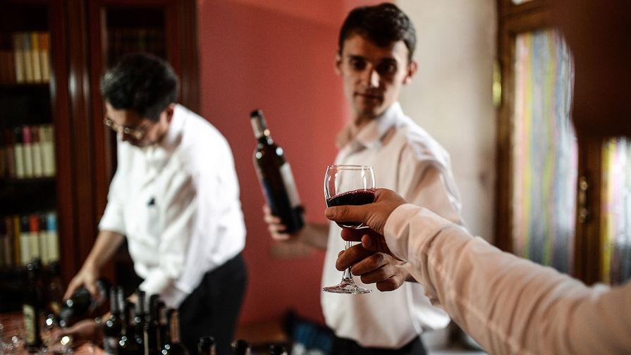 РФ может запретить ввоз вина из Грузии