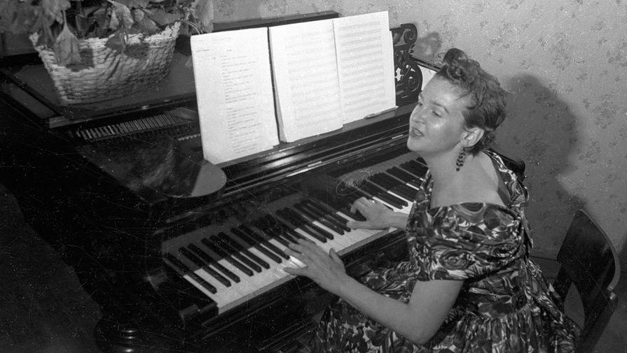 Людмила Лядова, 1957 год