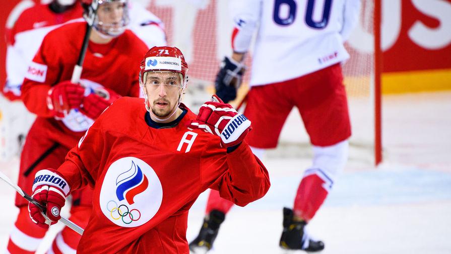 Нападающий сборной России Антон Бурдасов