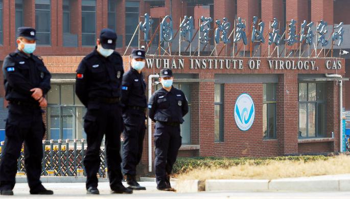 «Сделано в Ухане»: в США ищут доказательства искусственного происхождения коронавируса