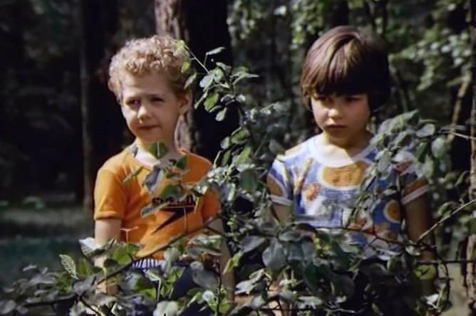Кадр из фильма «Лялька-Руслан и его друг Санька» (ТВ, 1980)
