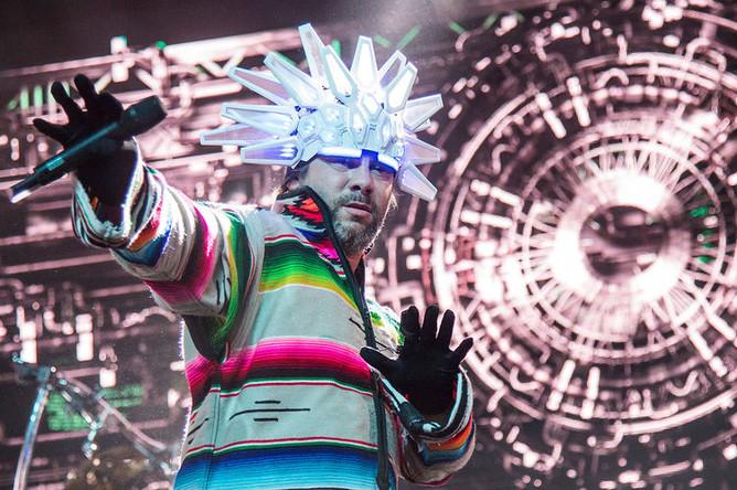 Джей Кей из Jamiroquai на фестивале музыки и искусств «Коачелла» в Айдахо, 14 апреля 2018 года