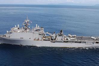 Десантный корабль ВМС США USS Fort McHenry