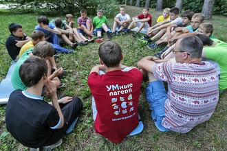 Дети в летнем лагере Robocamp