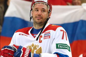 Игрок сборной России Илья Ковальчук в матче Еврохоккейтура