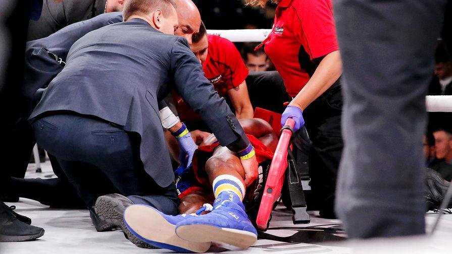 С ринга – на операцию: боксер оказался в коме после нокаута