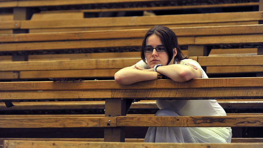 Никому не нужны: Конституционный суд вынес приговор дипломам