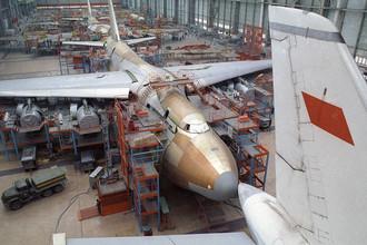 Сборка самолетов Ан-124 «Руслан» в Ульяновске, 1991 год