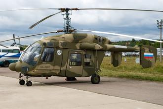 Сейчас Россия ждет итогов еще одного индийского тендера — на 197 легких вертолетов разведки и наблюдения для ВВС и сухопутных войск Индии стоимостью до $3 млрд. Российский Ка-226Т конкурирует с европейским AS550 C3 Fennec компании Eurocopter