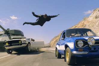 Кадр из фильма «Форсаж 6» (2013)