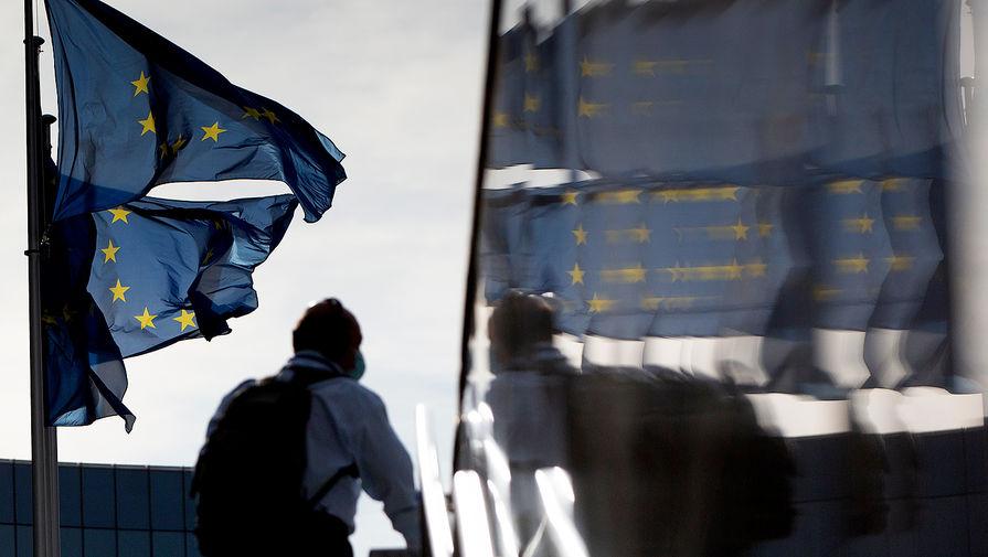 Bloomberg: ЕС начал обсуждать новые санкции против России из-за ситуации с Навальным