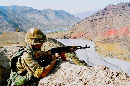 Новый раунд переговоров о судьбе российской военной базы в Таджикистане добавил уверенности в их окончательном успехе