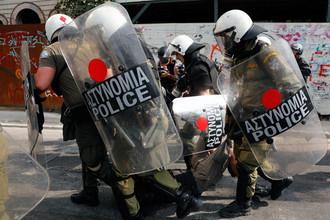 Греческая полиция задержала 35 православных радикалов