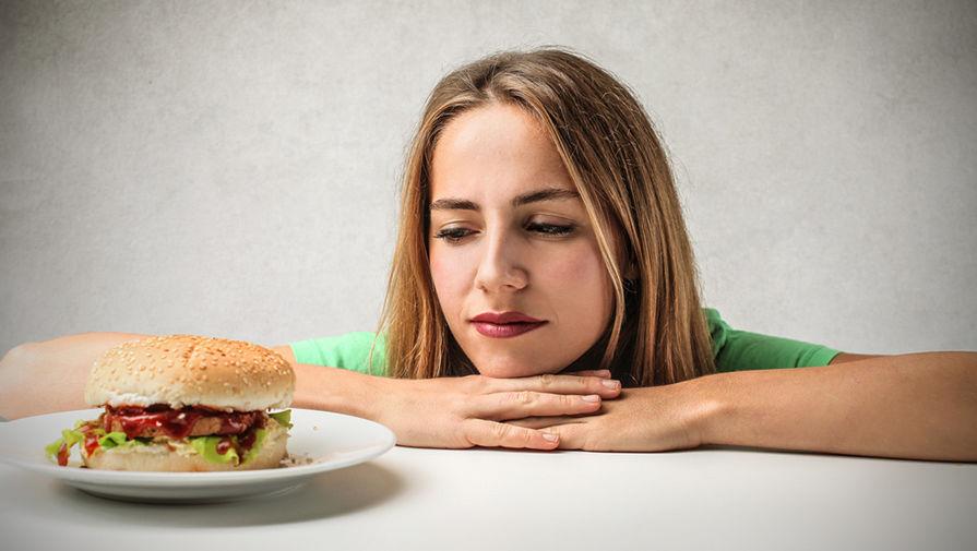 Психолог о том, как устроено чувство вины, которое возникает во время еды