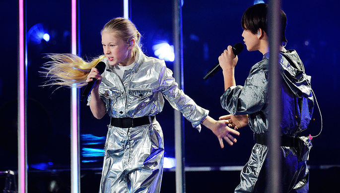 Татьяна Меженцева и Денберел Ооржак на конкурсе «Евровидение-2019»