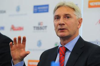 В четверг Зинэтула Билялетдинов дебютирует на посту главного тренера сборной Росии