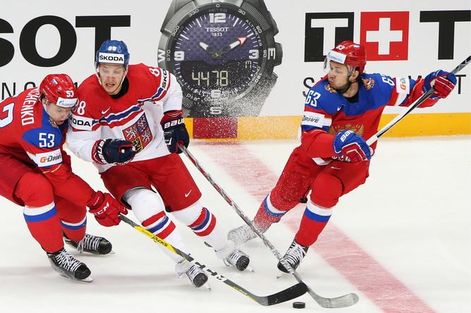 Сборная России проиграла Чехии в стартовом матче домашнего чемпионата мира по хоккею