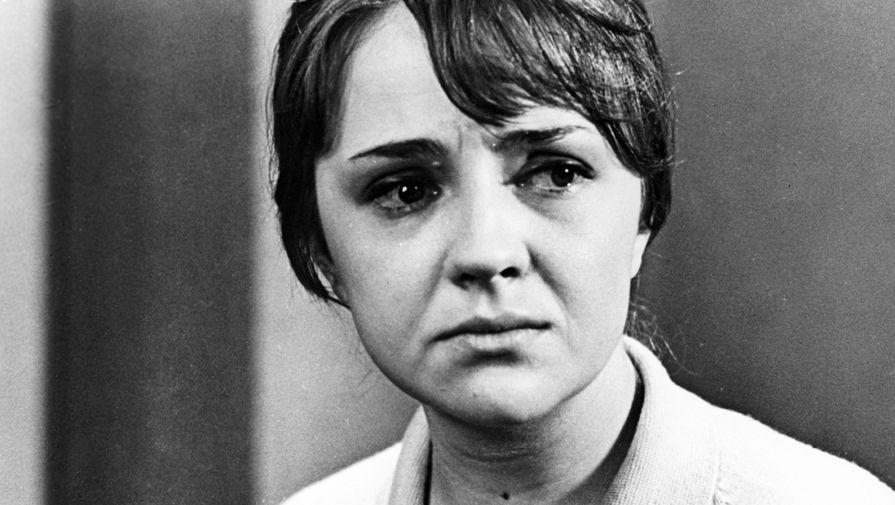 Екатерина Градова в картине «Семнадцать мгновений весны» (1974)