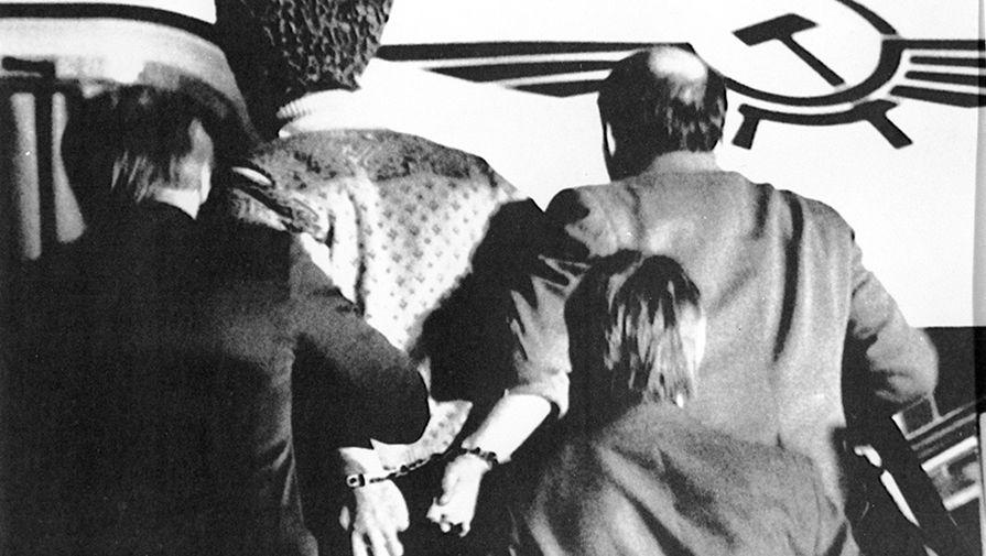 30 лет назад бандиты захватили автобус со школьниками в Орджоникидзе