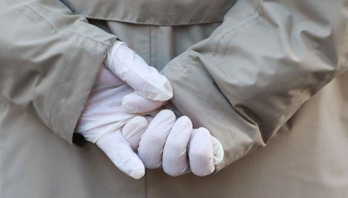 Антисептик лучше перчаток: в Минздраве назвали меры против COVID