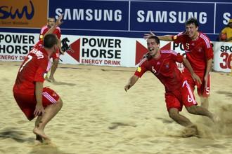 Сборная России по пляжному футболу обыграла американцев
