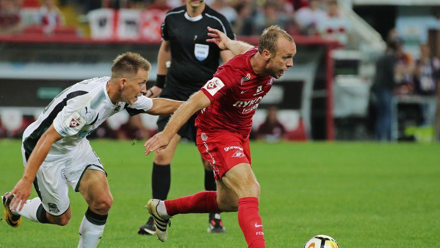 Денис Глушаков вернулся в стартовый состав после ссылки в запас