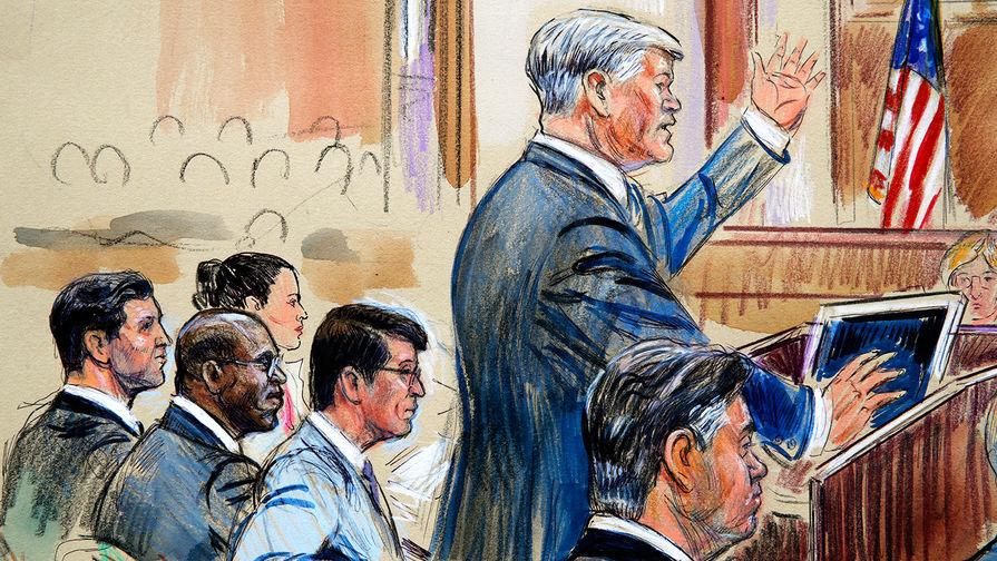 Манафорта признали виновным по восьми пунктам обвинения