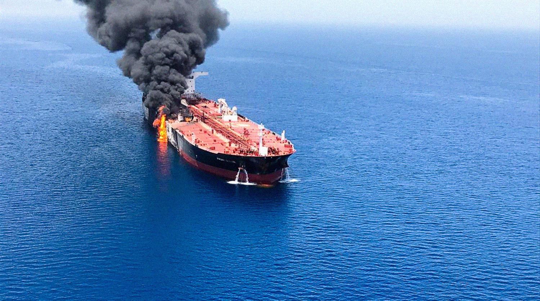 США испугались повторной атаки на танкеры в Оманском заливе