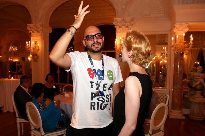 Кирилл Серебренников и актриса Франциска Петри на вечеринке, посвящённой премьере фильма «Измена», в рамках 69-го Венецианского кинофестиваля, 31 августа 2012 года