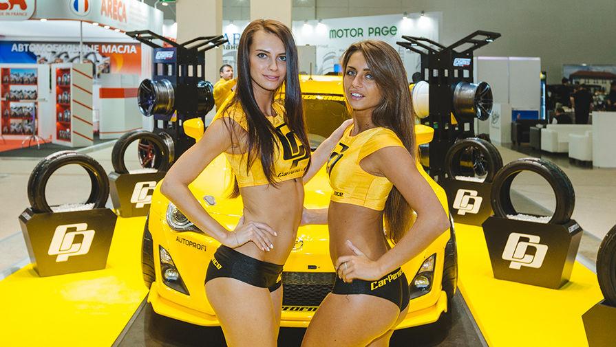 Работа в автосалонах москвы для девушек работа для беременных моделью в москве