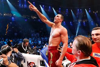 Владимир Кличко после победы над Мариушем Вахом, 2012 год