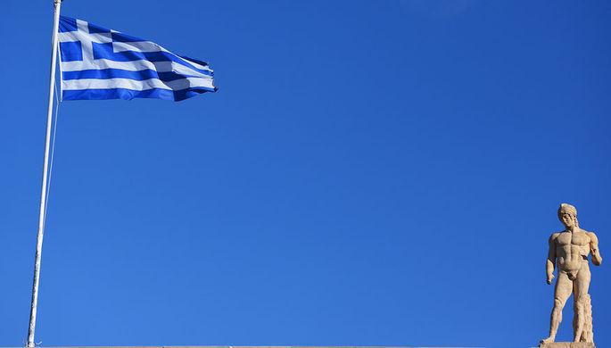В Афинах анархисты напали на посольство Италии