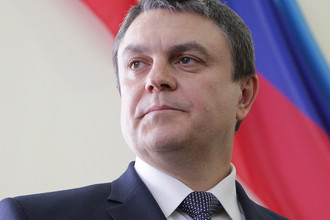 Временно исполняющий обязанности главы ЛНР Леонид Пасечник во время выступления перед Народным советом ЛНР