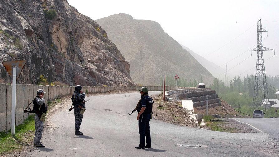 Путин обсудил с Жапаровым ситуацию на границе Киргизии и Таджикистана