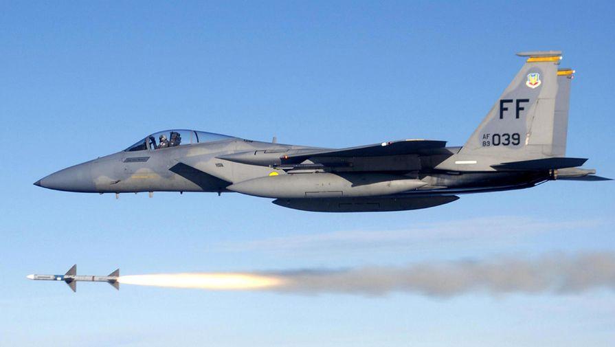 СМИ: США хотели задействовать истребитель F-15C для подавления протестов